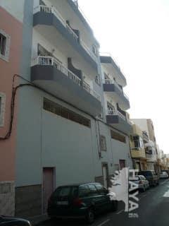 Piso en venta en Santa Lucía de Tirajana, Las Palmas, Calle Francisco Pizarro, 88.000 €, 2 habitaciones, 1 baño, 93 m2