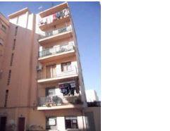 Piso en venta en Valencia, Valencia, Calle Pintor Orrente, 41.797 €, 6 habitaciones, 2 baños, 65 m2