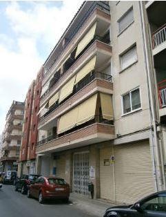 Piso en venta en El Carme, Reus, Tarragona, Calle Benidorm, 59.000 €, 3 habitaciones, 1 baño, 78 m2