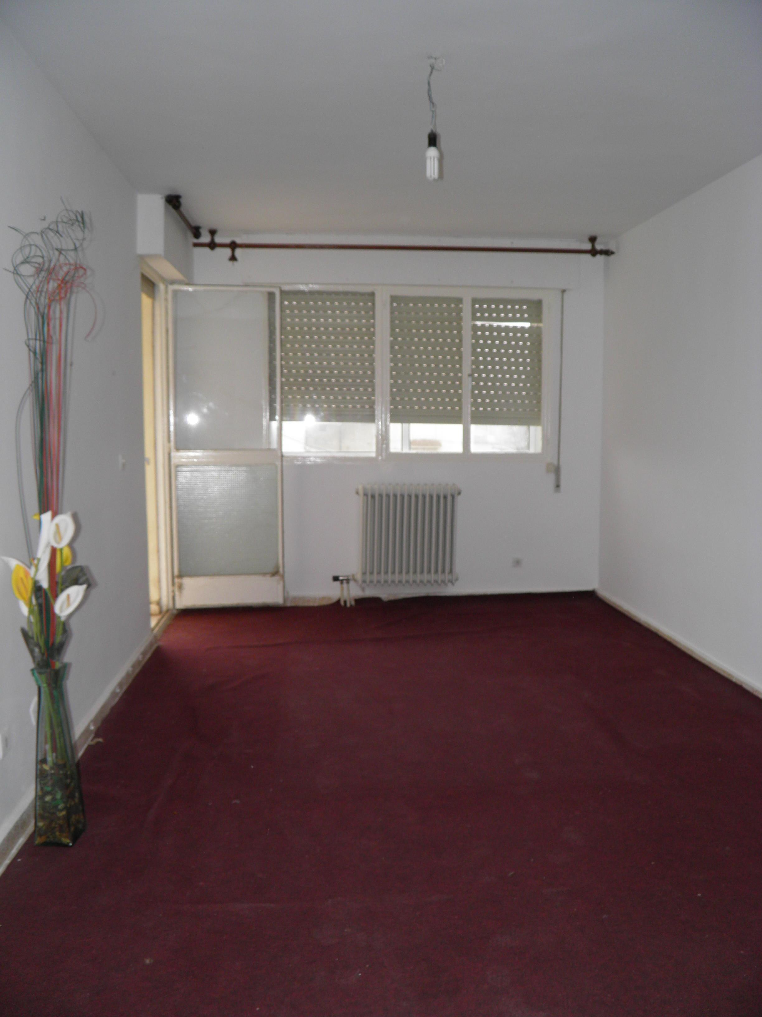 Piso en venta en San Esteban de Gormaz, Soria, Calle Luis Lopez Pando, 44.063 €, 3 habitaciones, 1 baño, 87 m2