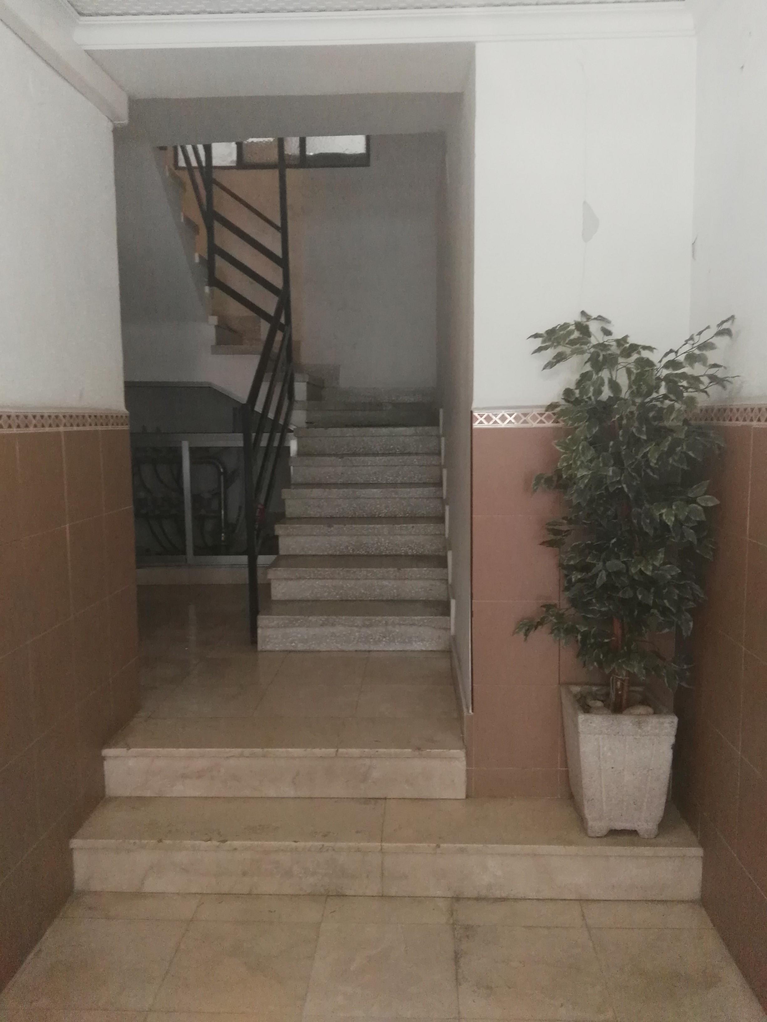 Piso en venta en Dénia, Alicante, Avenida de Alicante, 36.000 €, 3 habitaciones, 1 baño, 83 m2