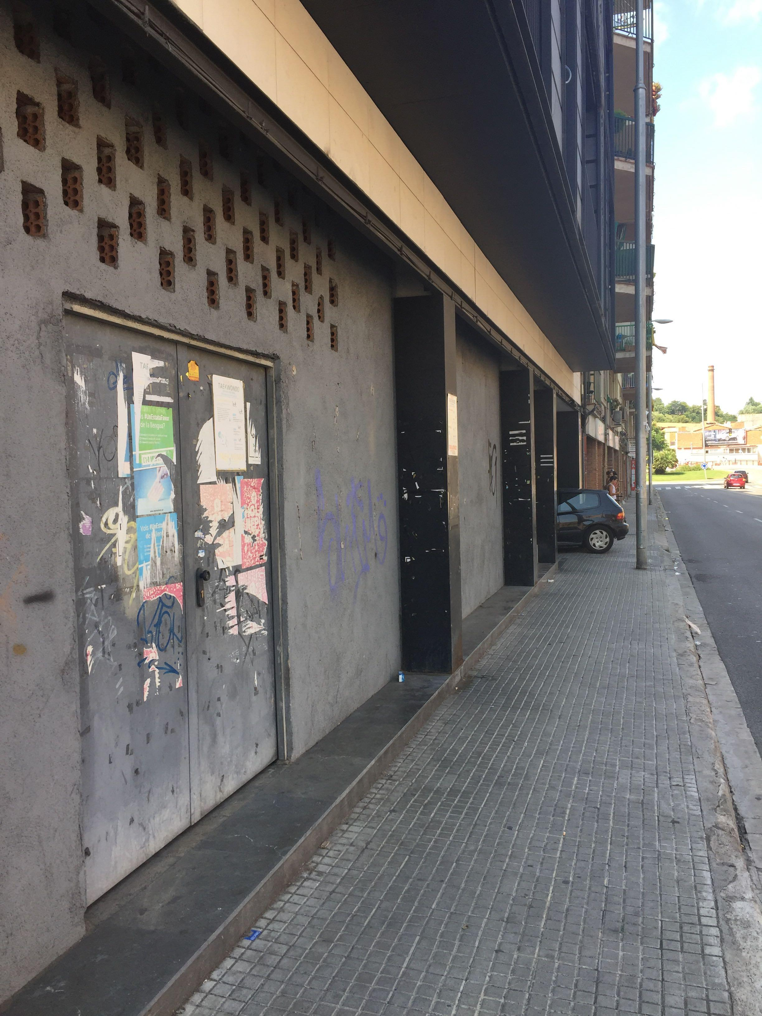 Local en venta en La Cogullada, Terrassa, Barcelona, Carretera Martorell, 133.000 €, 157 m2