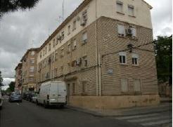 Piso en venta en Oliver, Zaragoza, Zaragoza, Calle Pintor Stolz, 30.000 €, 2 habitaciones, 1 baño, 46 m2