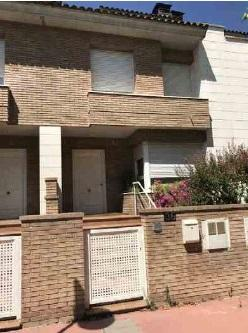 Casa en venta en Ciutat Jardí, Lleida, Lleida, Calle Riu Garona, 392.700 €, 4 habitaciones, 260,48 m2