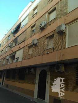 Piso en venta en El Palomar, Puente Genil, Córdoba, Avenida de la Estacion, 42.000 €, 3 habitaciones, 1 baño, 95 m2