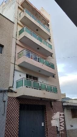 Piso en venta en San Cristobal de la Laguna, Santa Cruz de Tenerife, Calle San Aniceto, 76.000 €, 3 habitaciones, 2 baños, 112 m2