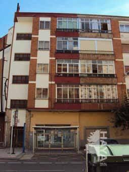 Piso en venta en Aranda de Duero, Burgos, Avenida Burgos, 61.000 €, 1 baño, 91 m2