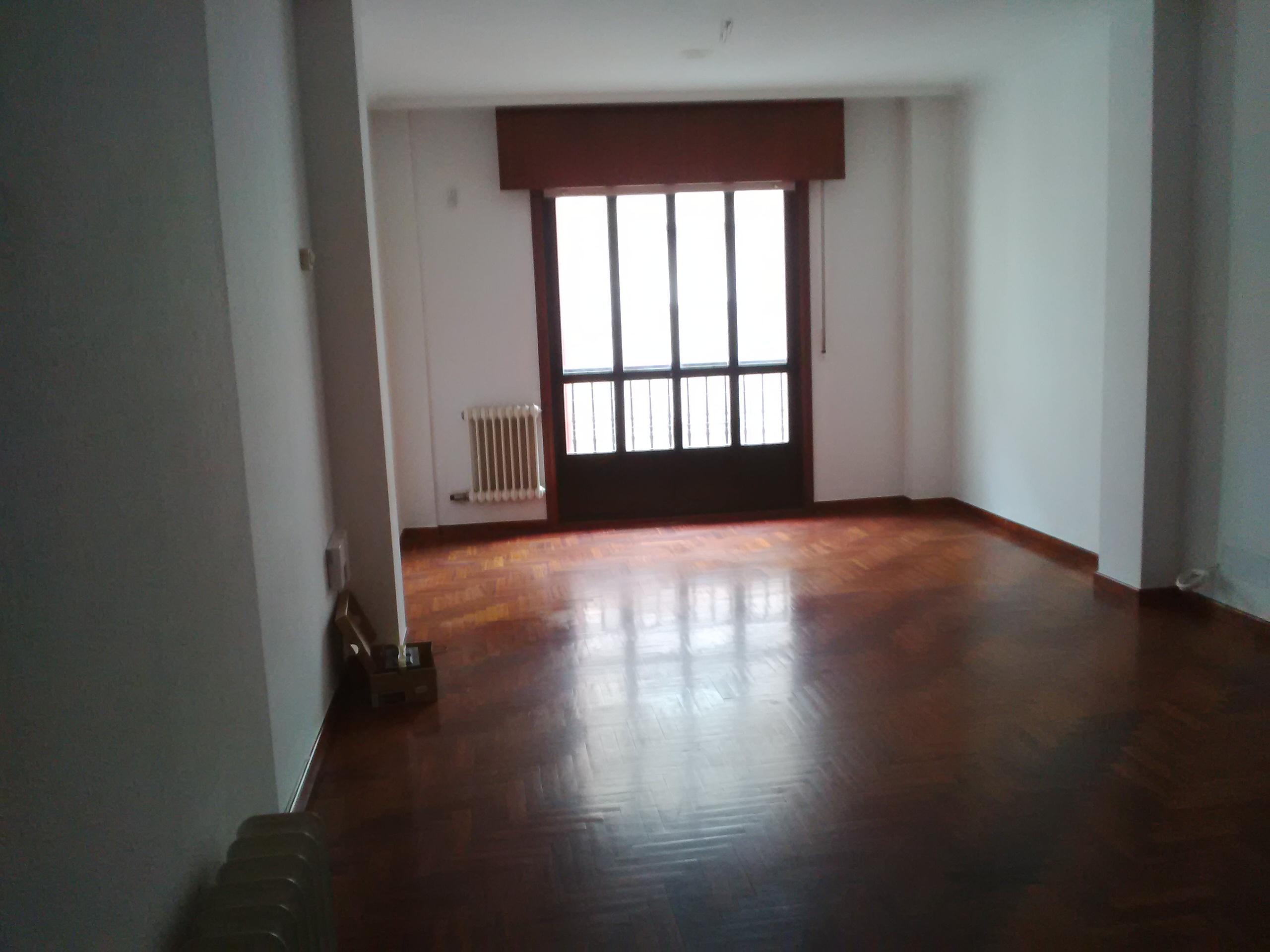 Piso en venta en Ponteareas, Pontevedra, Calle Daniel Ojea Esquina Alfonso Vazquez Fraile, 108.000 €, 3 habitaciones, 2 baños, 107 m2