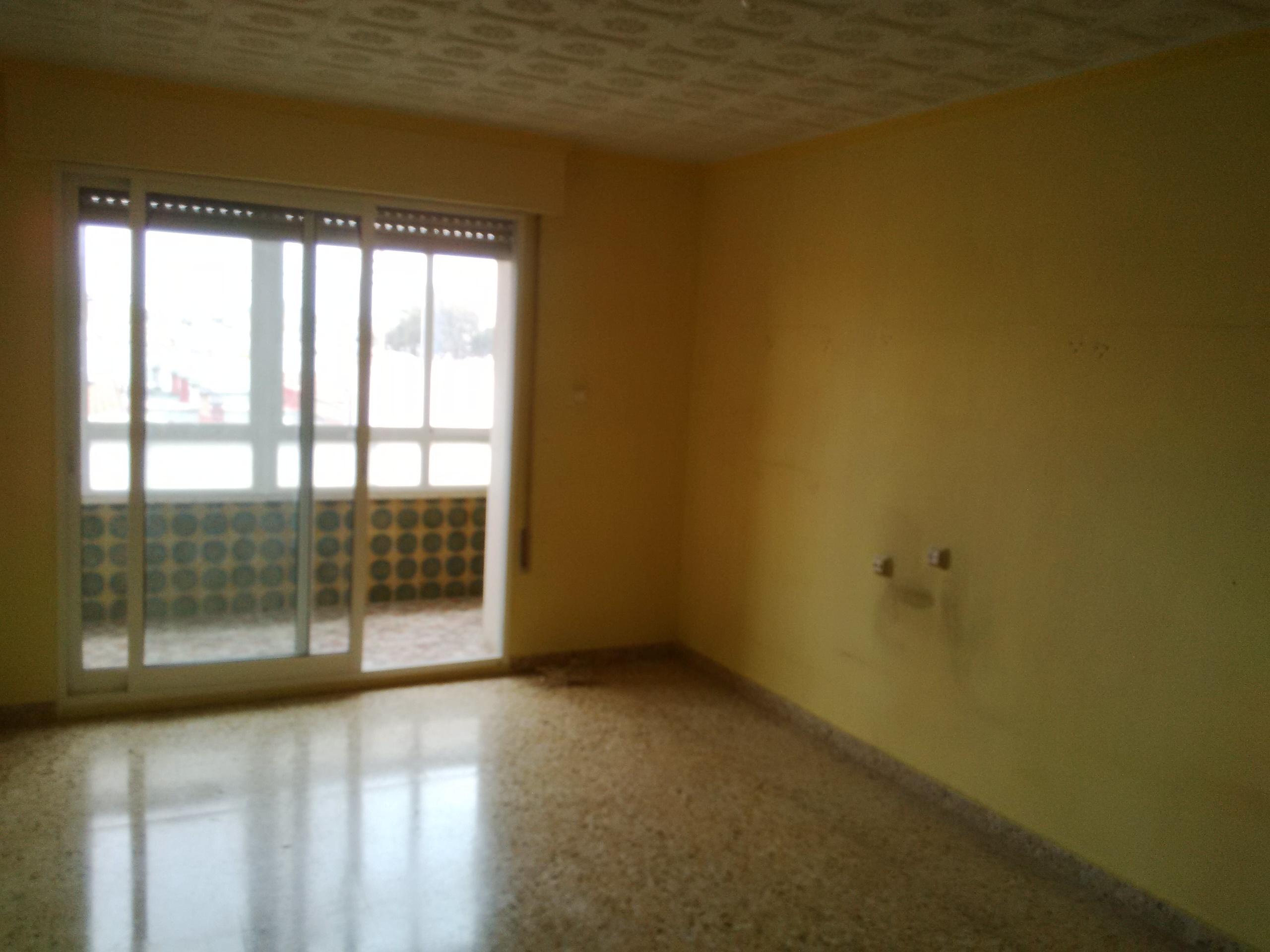 Piso en venta en Cartagena, Murcia, Carretera la Media Sala, 79.000 €, 4 habitaciones, 1 baño, 114 m2