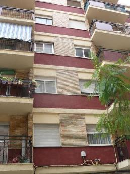 Piso en venta en Gandia, Valencia, Calle Pintor Segrelles, 24.320 €, 3 habitaciones, 1 baño, 76 m2