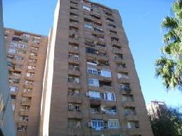 Piso en venta en Quatre Carrerres, Valencia, Valencia, Calle Angel Villena, 49.600 €, 3 habitaciones, 1 baño, 106 m2
