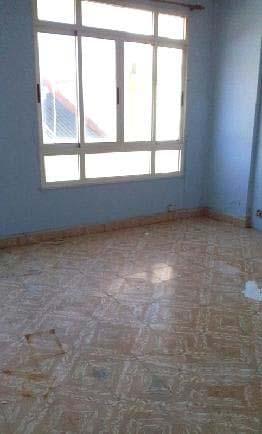 Piso en venta en Piso en Ferrol, A Coruña, 23.530 €, 3 habitaciones, 1 baño, 114 m2