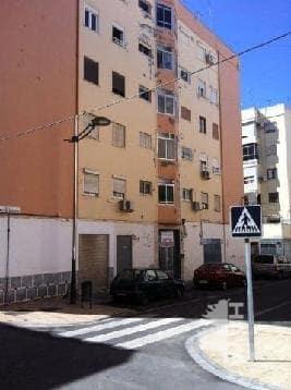 Piso en venta en Almería, Almería, Calle Julio Gómez Relampaguito, 63.000 €, 3 habitaciones, 1 baño, 74 m2