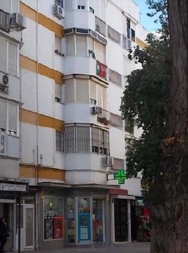Piso en venta en Casco Antiguo, Sevilla, Sevilla, Barrio Villegas, 51.000 €, 3 habitaciones, 1 baño, 46 m2