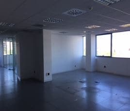Oficina en venta en Oficina en Sant Just Desvern, Barcelona, 327.768 €, 270 m2