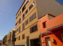 Piso en venta en Vecindario, Santa Lucía de Tirajana, Las Palmas, Calle Granada, 102.000 €, 3 habitaciones, 1 baño, 95 m2