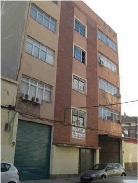Local en venta en L` Hospitalet de Llobregat, Barcelona, Calle Francesc Moragas, 160.000 €, 290 m2