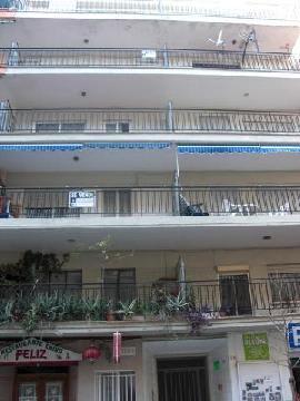 Piso en venta en Gandia, Valencia, Calle Primero de Mayo, 48.600 €, 4 habitaciones, 1 baño, 105 m2