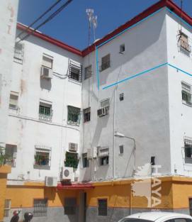 Piso en venta en Distrito Cerro-amate, Sevilla, Sevilla, Calle Virgen del la Candelaria, 21.900 €, 1 baño, 53 m2