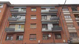 Piso en venta en San Lázaro Y Otero, Oviedo, Asturias, Calle Rio Deva, 52.000 €, 3 habitaciones, 1 baño, 110 m2