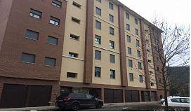 Piso en venta en Sabiñánigo, Huesca, Avenida del Ejercito, 86.500 €, 2 habitaciones, 1 baño, 81 m2