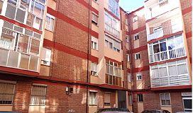 Piso en venta en Valladolid, Valladolid, Calle Perdiz, 45.000 €, 3 habitaciones, 1 baño, 77 m2