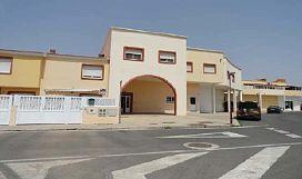 Piso en venta en El Matorral, Puerto del Rosario, Las Palmas, Calle El Cango, 70.000 €, 2 habitaciones, 1 baño, 81,21 m2