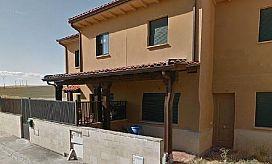 Piso en venta en Cabañas de Polendos, Segovia, Calle Encinillas, 61.000 €, 3 habitaciones, 2 baños, 94 m2
