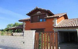 Casa en venta en Grijota, Palencia, Urbanización El Palomar (paseo de Santimia), 78.500 €, 4 habitaciones, 205 m2