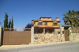 Casa en venta en Entrecaminos, la Guardia de Jaén, Jaén, Calle Camino de Jabalcuz, 298.100 €, 3 habitaciones, 4 baños, 330 m2