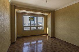 Piso en venta en Ensanche A, Ferrol, A Coruña, Calle San Salvador (edificio Apolo Xi), 66.000 €, 3 habitaciones, 1 baño, 87 m2