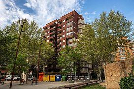 Piso en venta en Vilatenim, Figueres, Girona, Calle Montgo, 141.520 €, 6 habitaciones, 191 m2