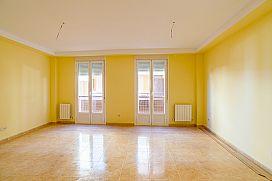 Piso en venta en Horcajo de Santiago, Cuenca, Calle Don Jose Montalvo, 50.500 €, 4 habitaciones, 119 m2