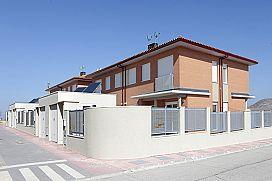 Casa en venta en Fuentes de Valdepero, Palencia, Calle Fuente El Pedrón, 107.600 €, 3 habitaciones, 177 m2
