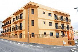 Piso en venta en El Salto, Granadilla de Abona, Santa Cruz de Tenerife, Calle Venezuela, 124.500 €, 3 habitaciones, 2 baños, 82 m2
