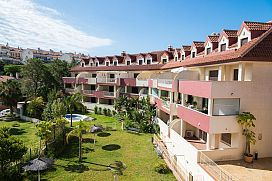 Piso en venta en Benalmádena Costa, Benalmádena, Málaga, Calle Ronda del Golf Este, 232.500 €, 2 habitaciones, 2 baños, 131 m2