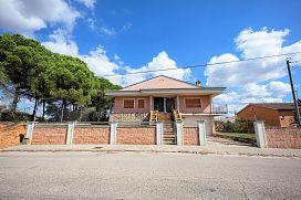 Casa en venta en Casa Nova D`en Bosquets, Sils, Girona, Calle Pau Casals, 108.800 €, 3 habitaciones, 1 baño, 163 m2