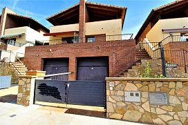 Casa en venta en El Prat, Moià, Barcelona, Avenida de la Pau, 217.500 €, 3 habitaciones, 2 baños, 169 m2