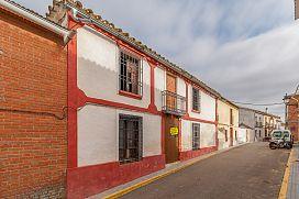 Casa en venta en San Sebastián de los Ballesteros, San Sebastián de los Ballesteros, Córdoba, Calle la Ilustración, 82.100 €, 3 habitaciones, 1 baño, 242 m2