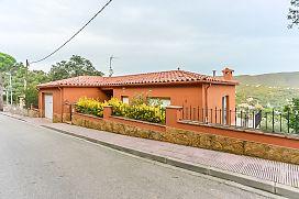 Casa en venta en Calonge, españa, Calle Om, 301.000 €, 3 habitaciones, 3 baños, 206 m2