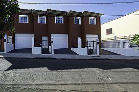 Casa en venta en Valle de Guerra, San Cristobal de la Laguna, Santa Cruz de Tenerife, Calle Lomo Solís, 145.000 €, 3 habitaciones, 3 baños, 125 m2