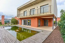 Casa en venta en Vilacolum, Torroella de Fluvià, Girona, Calle Oleandre, 312.000 €, 4 habitaciones, 3 baños, 225 m2