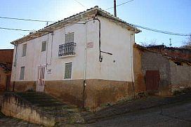 Casa en venta en Alija del Infantado, Alija del Infantado, León, Calle Soledad, 25.000 €, 3 habitaciones, 2 baños, 100 m2