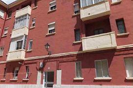 Piso en venta en Venta de Baños, Palencia, Calle Juan Ramon Jimenez, 43.200 €, 1 baño, 85 m2