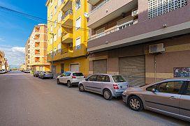 Piso en venta en Centro, Almoradí, Alicante, Calle Liceo Politecnico, 68.000 €, 3 habitaciones, 1 baño, 109 m2