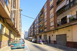 Piso en venta en Grupo San Vicente Ferrer, Castellón de la Plana/castelló de la Plana, Castellón, Calle Sequiol, 61.110 €, 3 habitaciones, 1 baño, 93 m2