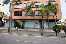 Local en venta en Torremolinos, Málaga, Calle Palma de Mallorca, 242.700 €, 160 m2