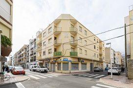 Piso en venta en Oropesa del Mar/orpesa, Castellón, Calle Calle Pio Xii, 38.757 €, 3 habitaciones, 1 baño, 93 m2