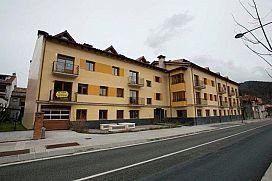 Piso en venta en Sant Pau de Segúries, Sant Pau de Segúries, Girona, Avenida de la Vall, 96.900 €, 137 m2