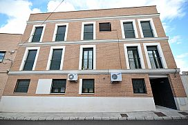 Piso en venta en Alameda de la Sagra, Alameda de la Sagra, Toledo, Calle Gregorio Lalanda, 71.000 €, 2 habitaciones, 2 baños, 80 m2